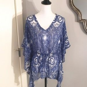 Blue and white summer blouse XS